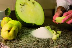 mostarda -taglio frutta